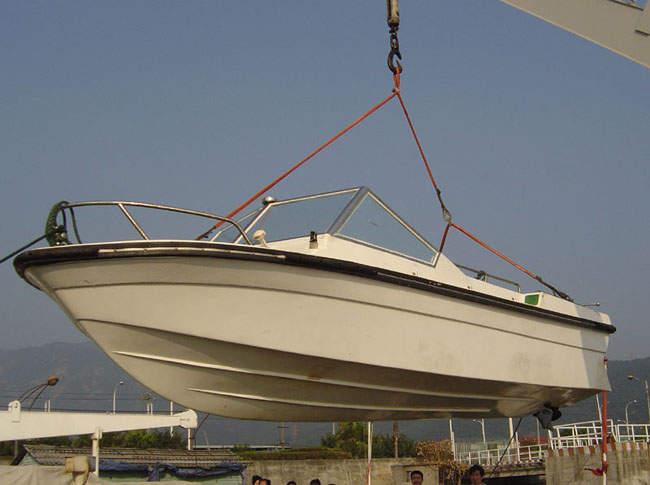 620型公务艇