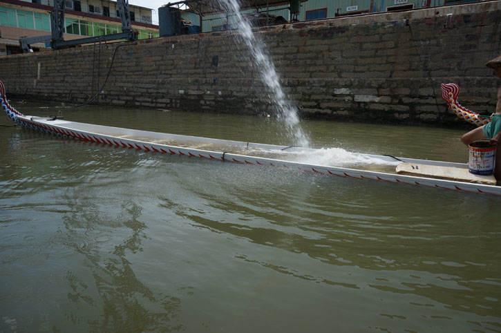 龙舟浮力试验